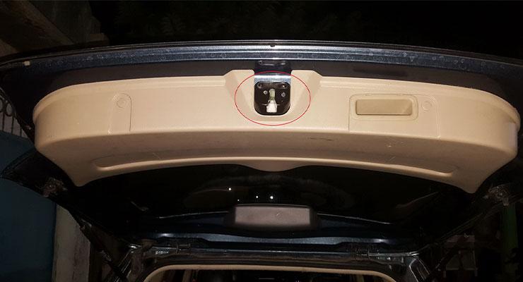Sensor Pintu Tidak Berfungsi Penyebab Alarm Mobil Bunyi Terus