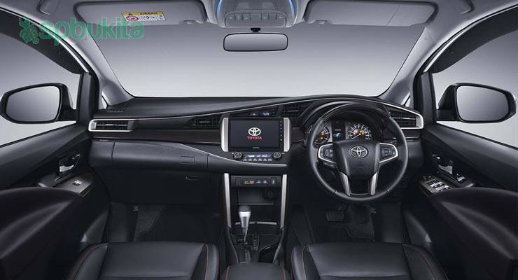 Interior Toyota Kijang Innova Reborn